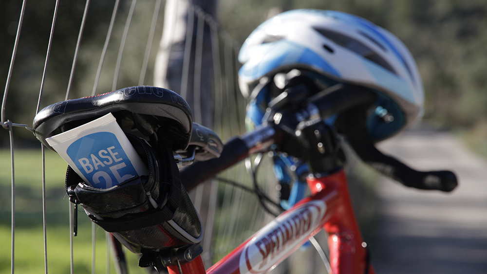 5 problemas que puedes evitar con vaselina deportiva en una carrera ciclista
