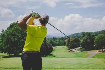 Consejos para practicar golf sin problemas: protege tus manos con vaselina