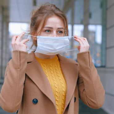 4 maneras de evitar la irritación en la piel por el uso de la mascarilla
